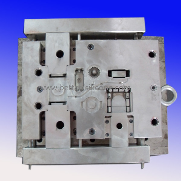 Custom Made China Precision Plastic Mold Tool